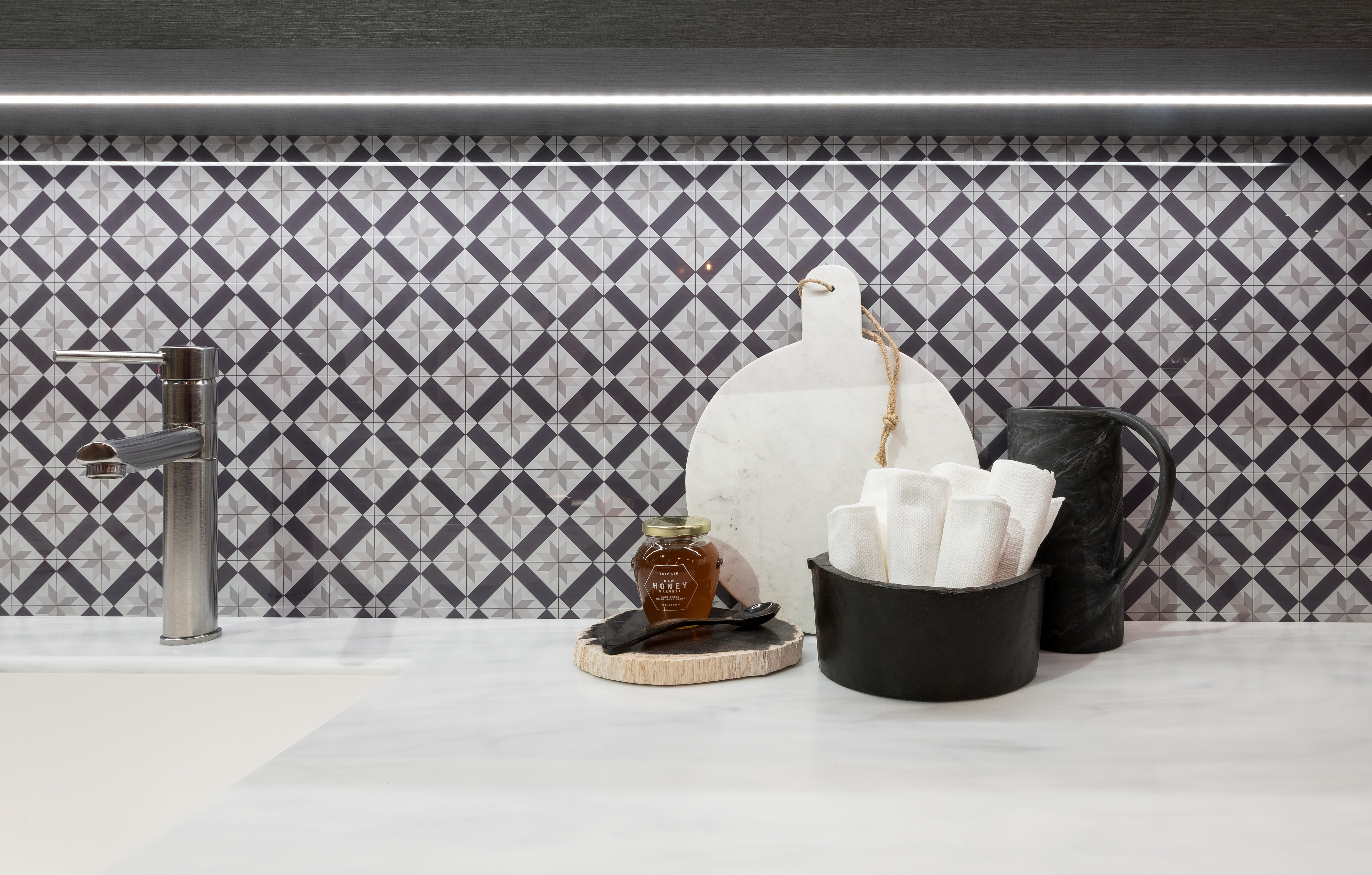 Wilsonart Debuts Acrylic Backsplash Collection Residential Products Online