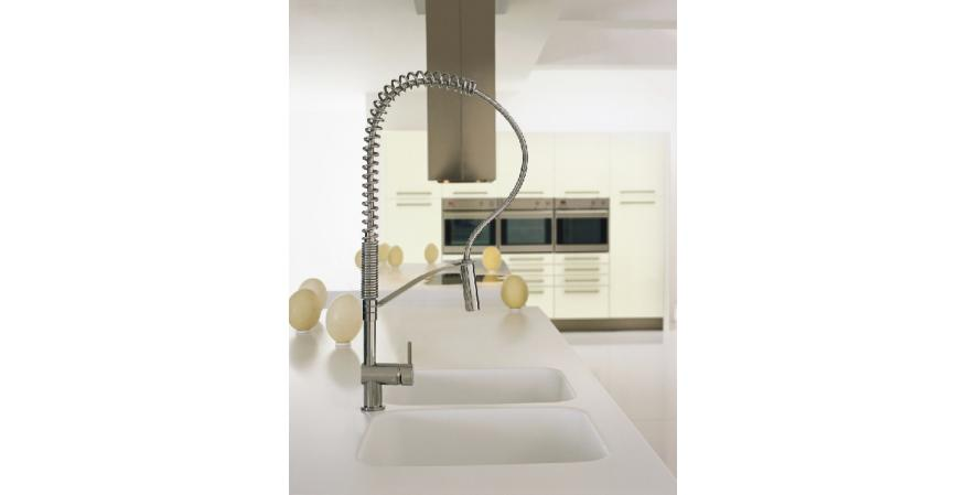 MGS Vela L. kitchen faucet