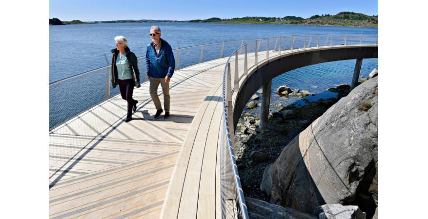 Accoya modified wood walkway