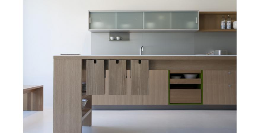 Light-brown cabinets from Viola Park, one of several quality cabinet brands