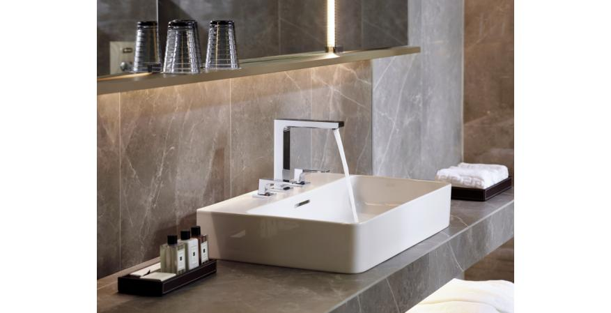 Hansgrohe Metropol 160 widespread faucet with lever handles