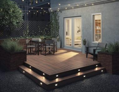 Deckorators Hinkley Heritage Riverhouse With Hinkley Luna Step Lights