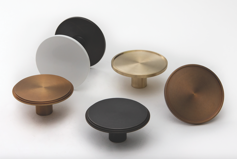 DesignerDoorware Niki Cabinet Knobs