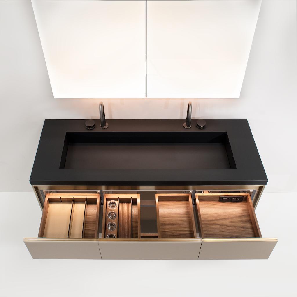 Furniture Guild Avento Lighted Interior Mirrors