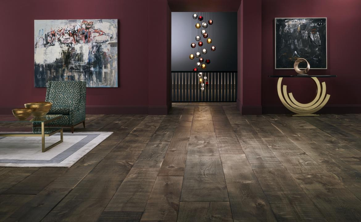 Havwoods International, the British-based hardwood flooring company that recently entered the North American market, has introduced a new wood flooring product that measures up to 13 feet long and 18 inches wide.