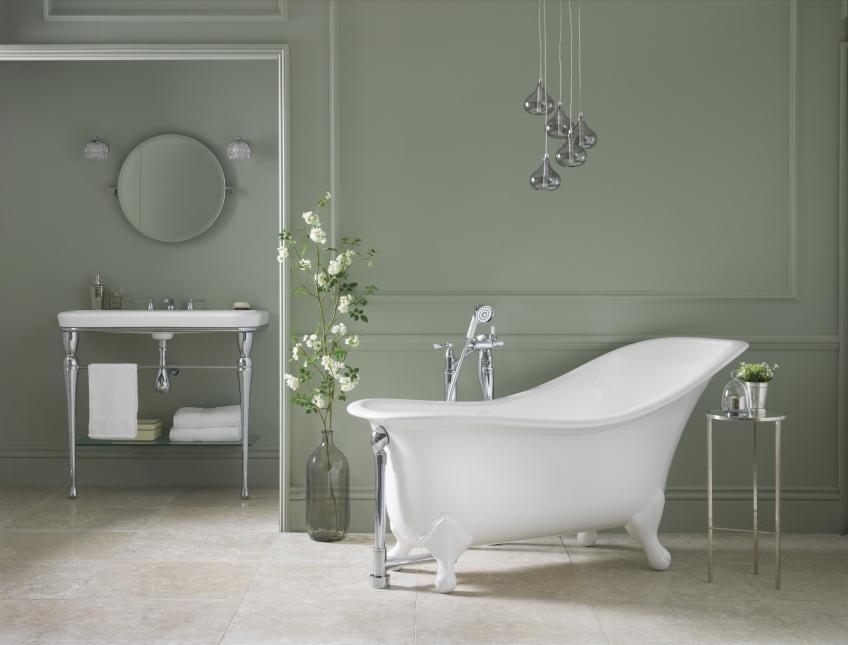 Victoria and Albert Drayton bathtub and Metallo 100 washstand