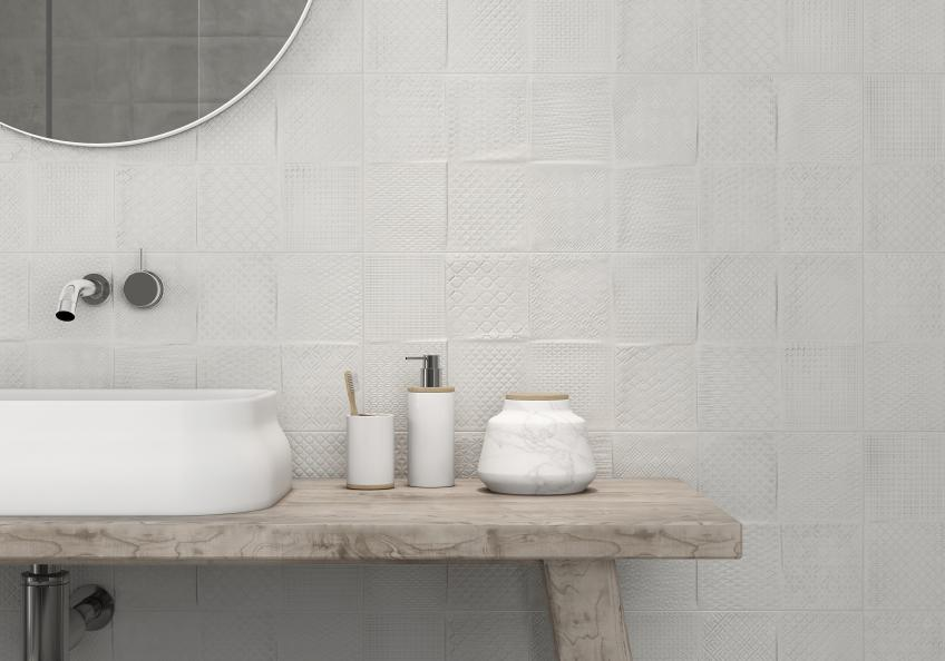 What 39 s the difference between porcelain vs ceramic tile for Bathroom 94 percent