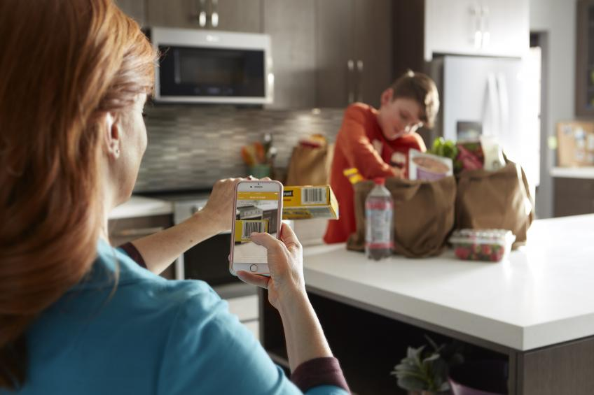 The Whirlpool Corporation Global Consumer Design team studies trends, behaviors, and needs of people around the world. In this article, Global Brands Design Manager Jason Tippetts shares how builders benefit from partnering with manufacturers driven by these consumer insights. Family in a kitchen