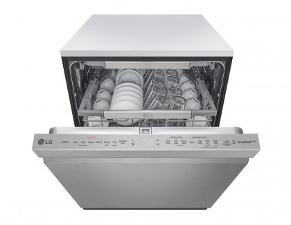 LG QuadWash dishwashers with Dynamic Dry Technology open 2