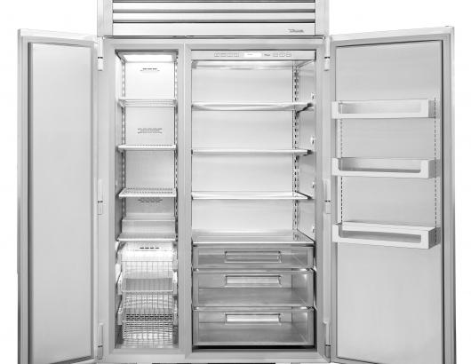 This 48-inch side-by-side refrigerator is the newest addition to True Residential's commercial-style products. Featuring a stainless steel exterior and interior, it offers soft-close hinges. Dual compressors and evaporators prevent odor and moisture transfer between compartments.