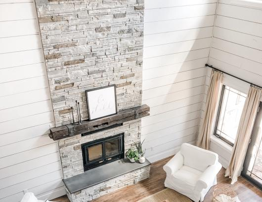 Boral Versetta Stone Northmade Fireplace Beadboard White Chair