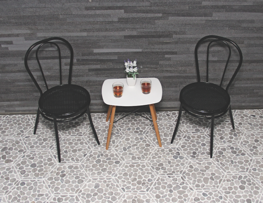 Stone tile fabricator Island Stone has introduced a mosaic tile product featuring Halo Edging, a process that combines a defined perimeter shape with precise placement of specially cut stones.