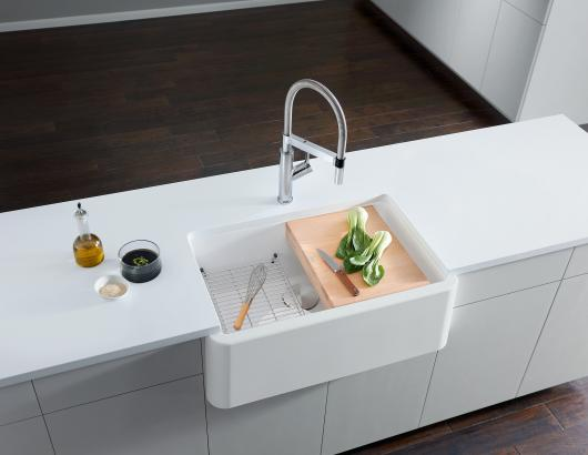Blanco Solenta Senso touch-free kitchen faucet