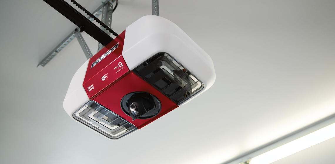 Liftmaster myQ Garage Door Opener With Smart Camera worms eye view