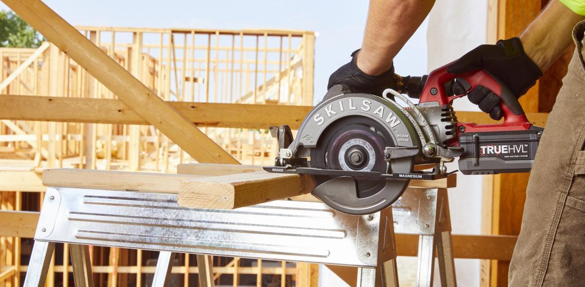 1 SkilSaw Cordless Worm Drive Circular saw