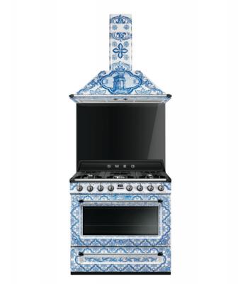 Smeg Dolce and Gabbana range and hood