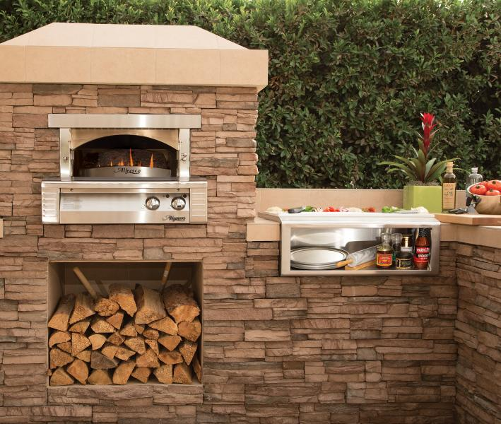 Alfresco Pizza Oven for outdoor kitchens
